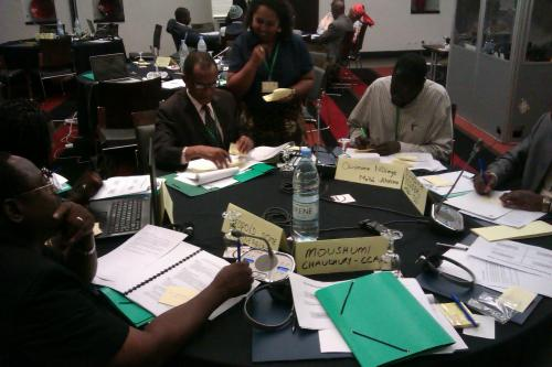 CCAFS scenarios workshop in Dakar, Senegal: Breakout groups discussing news headlines that characterize each scenario. Photo: J. Vervoort (CCAFS)