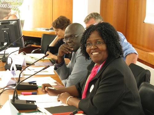 Lindiwe Sibanda and other presenters