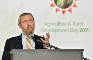 Sir John Beddington, Chair, Commission on Sustianable Agriculture and Climate Change. Photo: N. Palmer (CIAT).