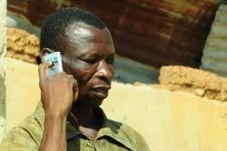 Mobile phones are being used by farmers to get information that can benefit in their agricultural production. Photo: P. Casier
