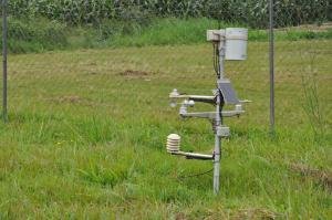 Automated Weather Stations help National Meteorological and Hydrological Services (NMHS) increase the accuracy and timeliness of forecasts and warnings, which is necessary for managing and reducing risks, and maximizing opportunities associated with climate. Photo John Recha (CCAFS)